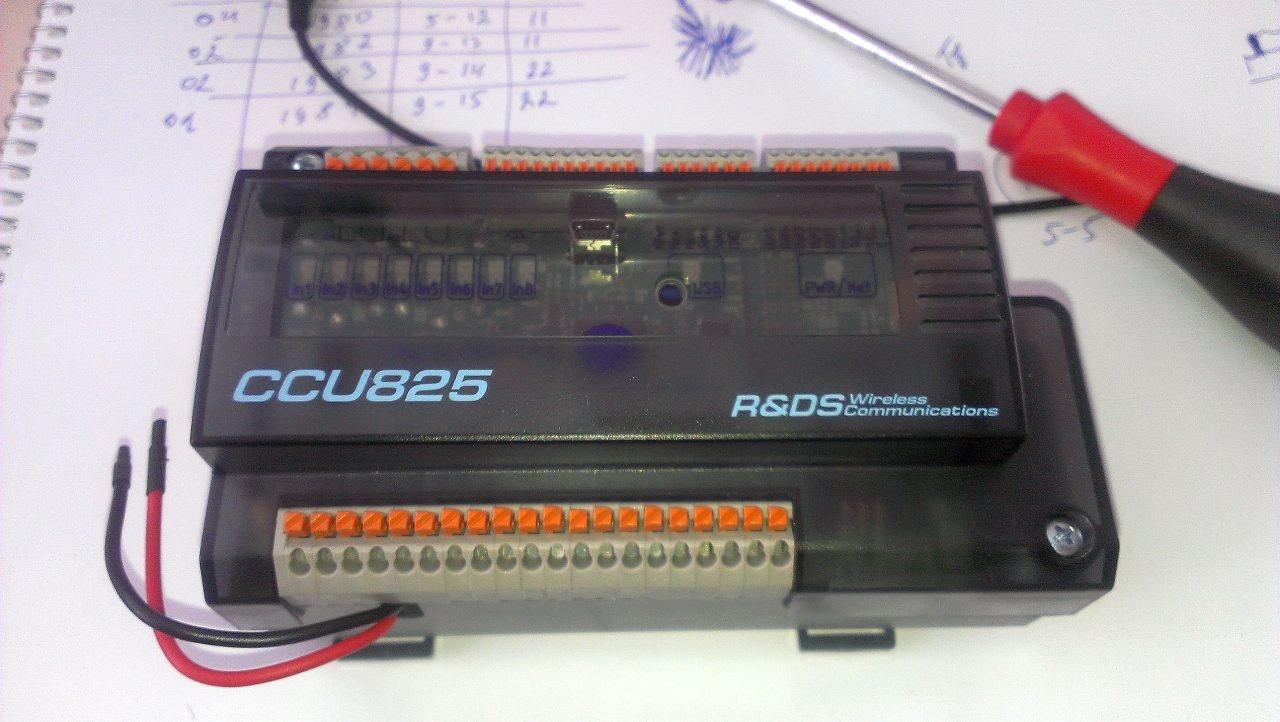 Общий вид GSM контроллера CCU825.