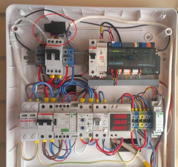 Установленный датчик тока SCTD010T-50A