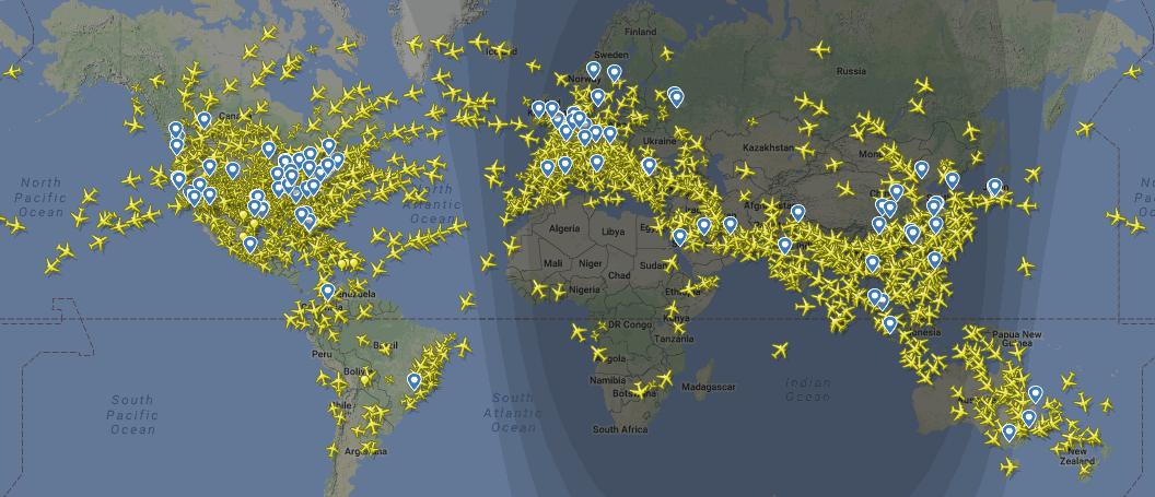 Карта перемещения самолётов Flightradar24